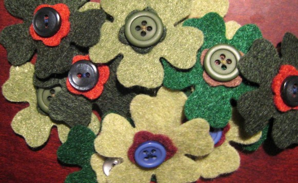 Green Bitty Blooms with Buttons